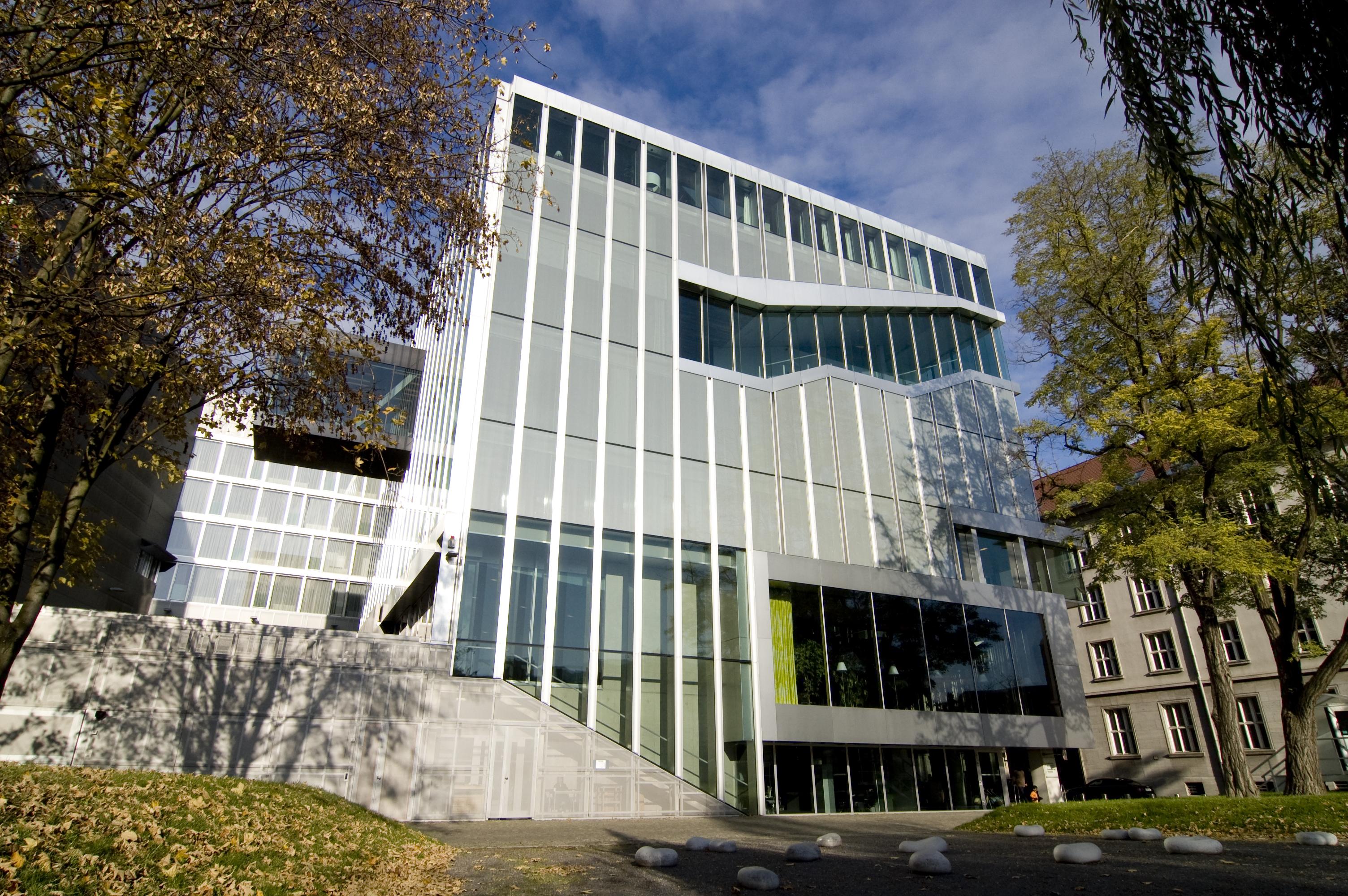 nederlandse-ambassade-duitsland-berlijn.jpg